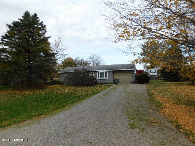 156 W Miller Lake Road, Coldwater, MI 49036 (MLS #19053587) :: JH Realty Partners