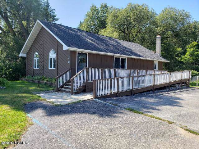 148 Parkdale Ave, Manistee, MI 49660 (MLS #19053665) :: Deb Stevenson Group - Greenridge Realty