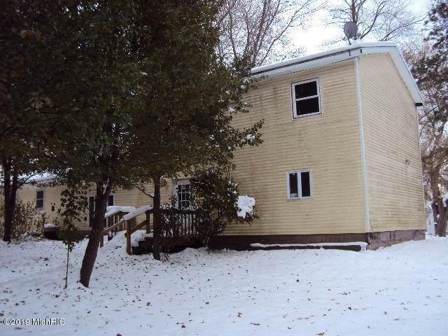66903 North Street, Dowagiac, MI 49047 (MLS #19056182) :: Deb Stevenson Group - Greenridge Realty