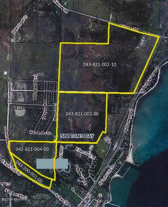 N 801 N. Dumas Road, Suttons Bay, MI 49682 (MLS #19056209) :: Deb Stevenson Group - Greenridge Realty