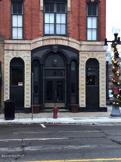 117 E Michigan Avenue, Marshall, MI 49068 (MLS #19056931) :: CENTURY 21 C. Howard