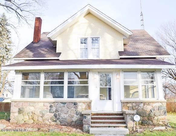 215 S Michigan Street, Montgomery, MI 49255 (MLS #19057342) :: CENTURY 21 C. Howard