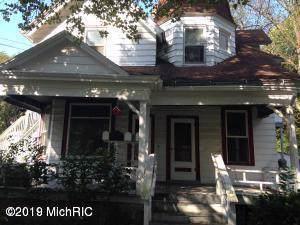 805 Hazard Avenue, Kalamazoo, MI 49048 (MLS #19057825) :: CENTURY 21 C. Howard