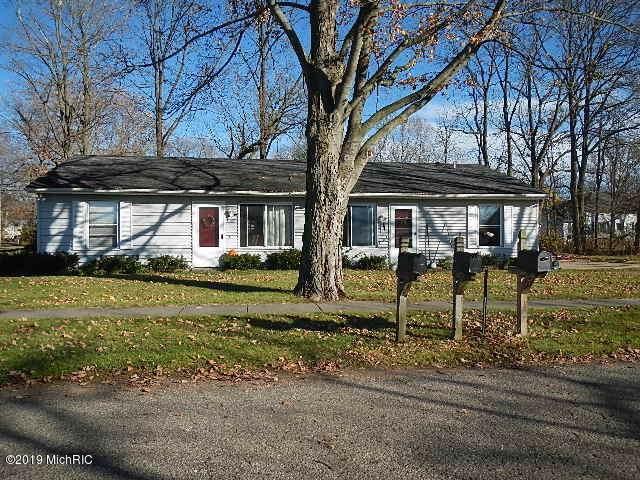 10 Grant, Galesburg, MI 49053 (MLS #19058073) :: CENTURY 21 C. Howard
