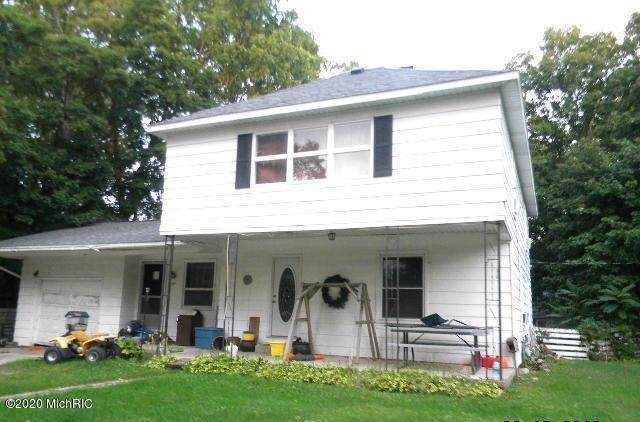 614 S Courtland Street, Hart, MI 49420 (MLS #20001637) :: Deb Stevenson Group - Greenridge Realty