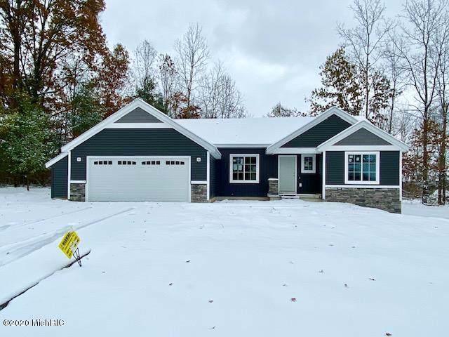 2101 10 Mile Lot A Road NE, Comstock Park, MI 49321 (MLS #20002222) :: Matt Mulder Home Selling Team