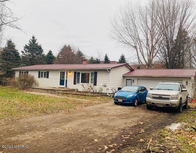 8273 Zosel Street, Onekama, MI 49675 (MLS #20004039) :: Matt Mulder Home Selling Team