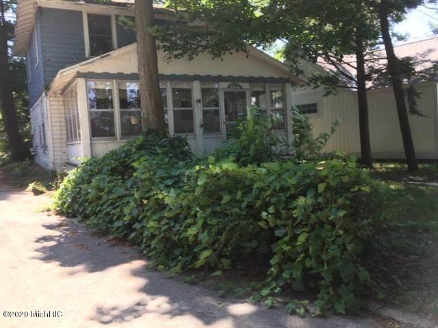 1983 S South Shore Drive, Holland, MI 49423 (MLS #20004950) :: CENTURY 21 C. Howard