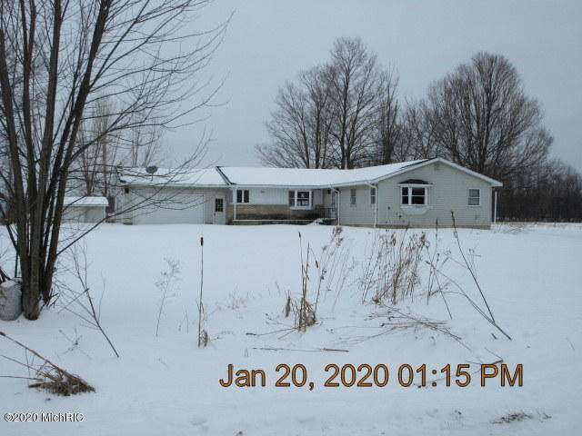 59304 4th Avenue, Grand Junction, MI 49056 (MLS #20005758) :: Deb Stevenson Group - Greenridge Realty
