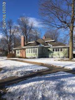322 Portage Avenue, Three Rivers, MI 49093 (MLS #20006161) :: JH Realty Partners