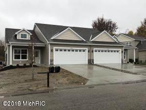 2113 Petoskey Drive, Otsego, MI 49078 (MLS #20006762) :: Matt Mulder Home Selling Team