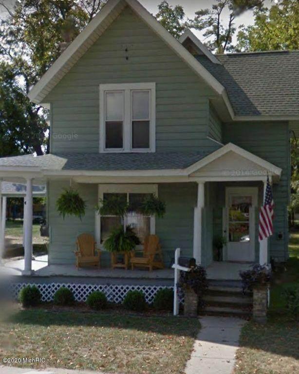 406 E Prairie Street, Vicksburg, MI 49097 (MLS #20012173) :: Ron Ekema Team