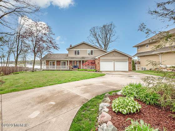 796 Hazelwood Drive, Holland, MI 49424 (MLS #20017500) :: JH Realty Partners