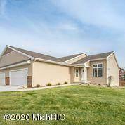 1244 S Village Circle, Kalamazoo, MI 49009 (MLS #20017842) :: CENTURY 21 C. Howard