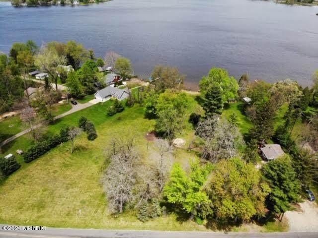 46580 86th Avenue West 1 Acre Par, Decatur, MI 49045 (MLS #20017985) :: Deb Stevenson Group - Greenridge Realty