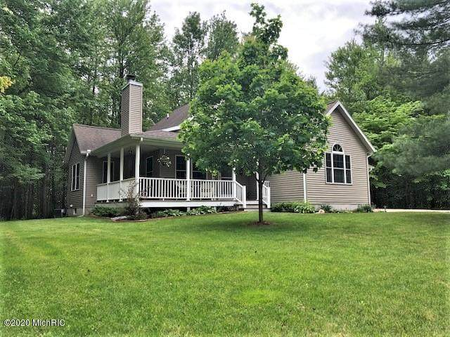 19077 Macdonald Lane, Big Rapids, MI 49307 (MLS #20019589) :: CENTURY 21 C. Howard