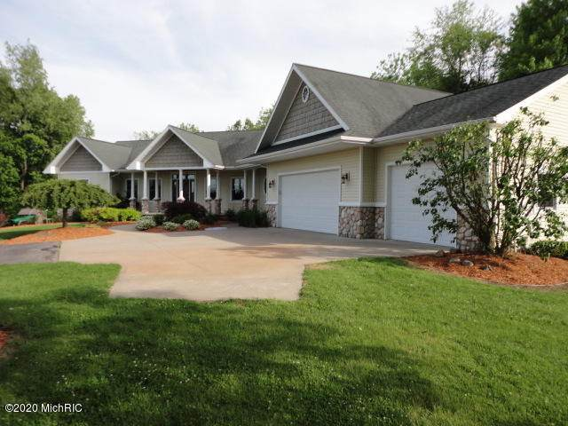 855 Pheasant Ridge Drive, Hastings, MI 49058 (MLS #20020018) :: CENTURY 21 C. Howard