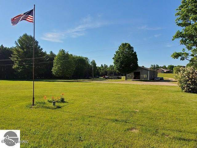 4954 N 27 Road, Manton, MI 49663 (MLS #20022902) :: Keller Williams RiverTown