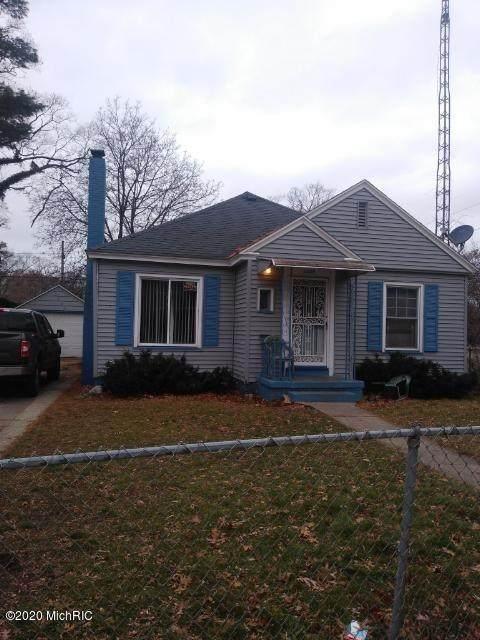 2205 Sanford Street, Muskegon Heights, MI 49444 (MLS #20022928) :: Deb Stevenson Group - Greenridge Realty