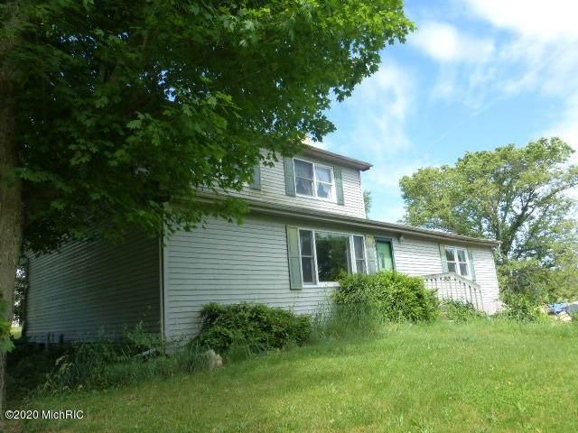 65720 Conrad Road, Edwardsburg, MI 49112 (MLS #20024750) :: CENTURY 21 C. Howard