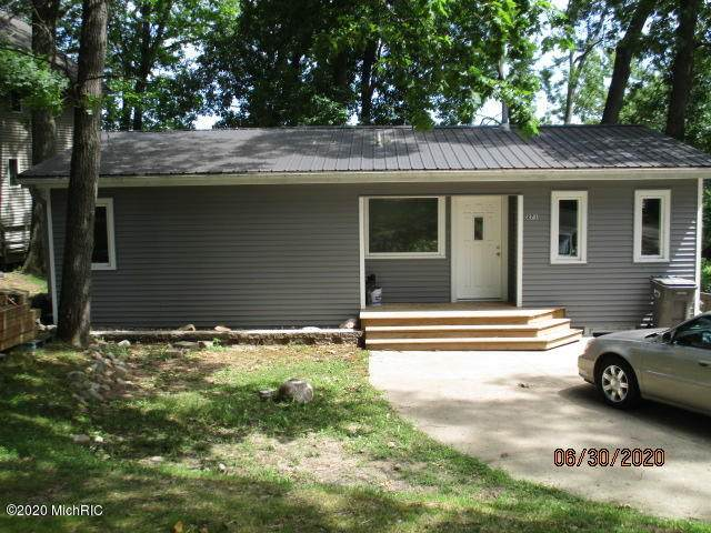 271 St Marys Lake Road Road, Battle Creek, MI 49017 (MLS #20024858) :: Jennifer Lane-Alwan