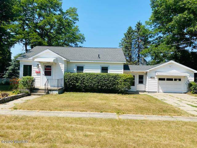 1308 25th Street, Manistee, MI 49660 (MLS #20025914) :: Jennifer Lane-Alwan