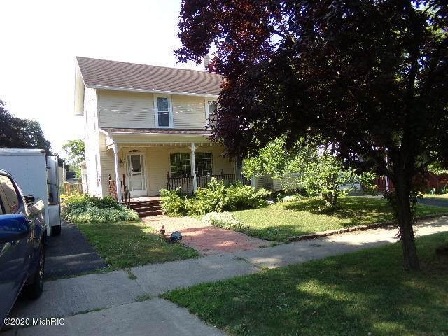 429 E Bridge Street, Lyons, MI 48851 (MLS #20025919) :: Deb Stevenson Group - Greenridge Realty