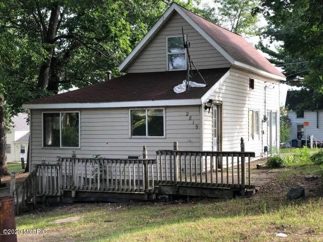 2819 Cottage Drive, Orleans, MI 48865 (MLS #20027800) :: Ginger Baxter Group