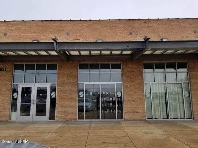 1140 Monroe Ave - Photo 1