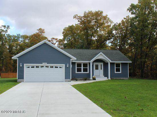 360 Chopin Drive, Muskegon, MI 49442 (MLS #20031187) :: Jennifer Lane-Alwan