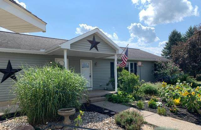 52268 Silver Street, Three Rivers, MI 49093 (MLS #20035601) :: Ginger Baxter Group