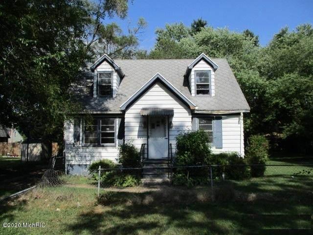 1331 Superior Street, Benton Harbor, MI 49022 (MLS #20035998) :: Ginger Baxter Group