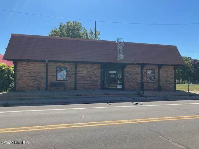 7717 Lake Street, Bear Lake, MI 49614 (MLS #20036542) :: Ginger Baxter Group