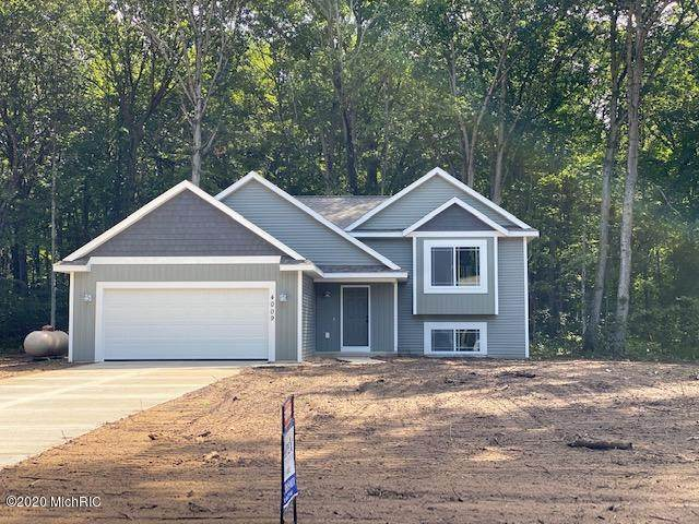 4009 Bullseye Lane, Dorr, MI 49323 (MLS #20036775) :: JH Realty Partners