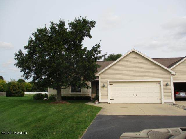 104 Oakdale Lane, Coldwater, MI 49036 (MLS #20039094) :: JH Realty Partners