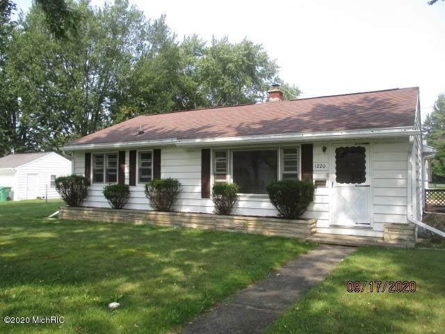 1220 Griffith Street, Sturgis, MI 49091 (MLS #20039296) :: Deb Stevenson Group - Greenridge Realty