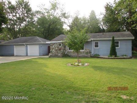 2022 Gaines Drive, Benton Harbor, MI 49022 (MLS #20039731) :: JH Realty Partners