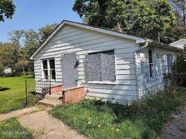 227 Andrew Street, Dowagiac, MI 49047 (MLS #20041991) :: Keller Williams RiverTown