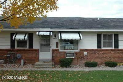 3369 Division Avenue SW, Grandville, MI 49418 (MLS #20042975) :: Keller Williams RiverTown