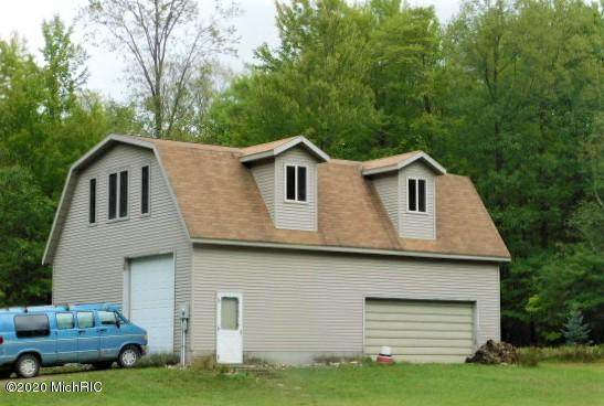 5867 Clements Road, Brethren, MI 49619 (MLS #20043072) :: Keller Williams RiverTown