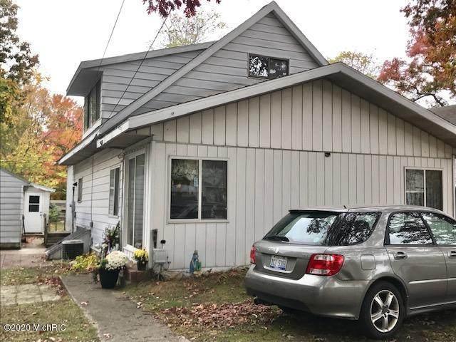 418 Peach Street, Fruitport, MI 49415 (MLS #20043754) :: Keller Williams RiverTown