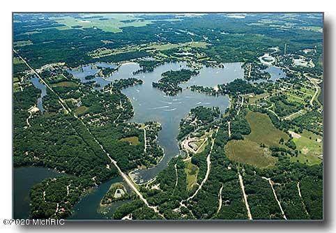 7471 Regency Lane, Stanwood, MI 49346 (MLS #20043821) :: Keller Williams RiverTown