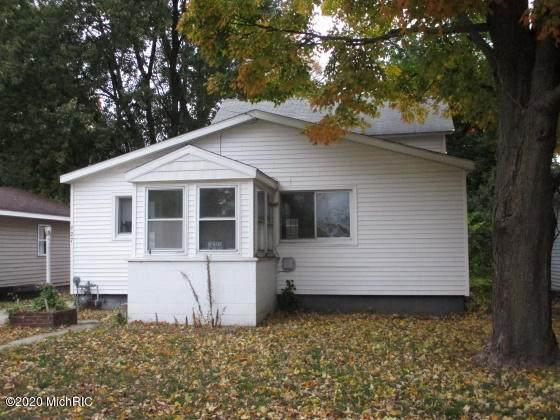 927 Maple, Niles, MI 49120 (MLS #20044042) :: Keller Williams RiverTown
