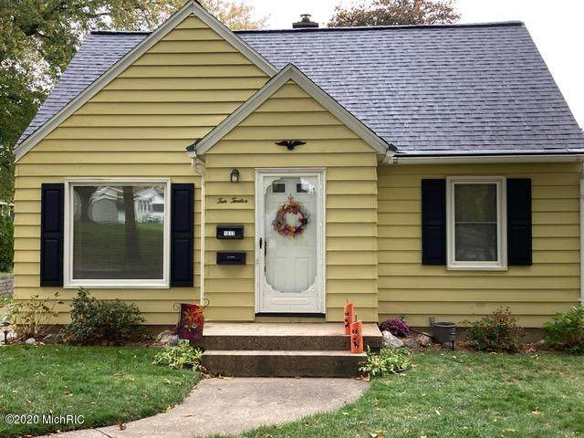 1012 Spring Avenue NE, Grand Rapids, MI 49503 (MLS #20044457) :: CENTURY 21 C. Howard