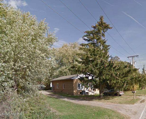 1748 Riverside Rd, Benton Harbor, MI 49022 (MLS #20048486) :: Deb Stevenson Group - Greenridge Realty