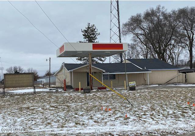 597 S Angola Road, Coldwater, MI 49036 (MLS #20051937) :: Sold by Stevo Team | @Home Realty