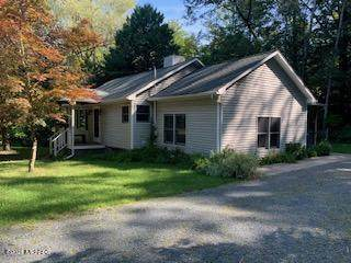90 S Clymer Street, Pentwater, MI 49449 (MLS #21000064) :: Keller Williams Realty | Kalamazoo Market Center