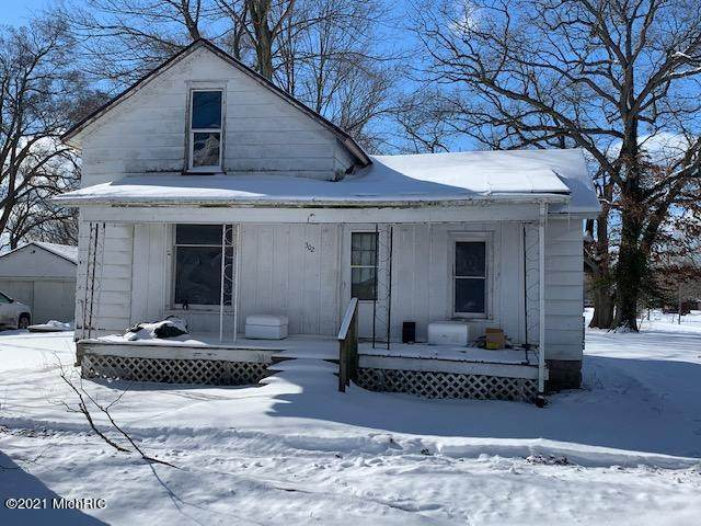 302 S Hayward Street, Montgomery, MI 49255 (MLS #21005084) :: Deb Stevenson Group - Greenridge Realty