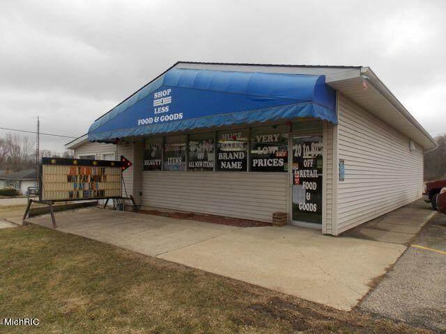 116 Spencer Road, Cassopolis, MI 49031 (MLS #21005930) :: Your Kzoo Agents
