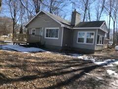 10403 N 10th Street, Plainwell, MI 49080 (MLS #21006824) :: BlueWest Properties